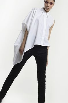 BALOSSA WHITE SHIRT: THE NEW CONCEPT OF SHIRT. http://ob-fashion.com/balossa-white-shirt-the-new-concept-of-shirt/?lang=en Follow me https://twitter.com/OB_FASHION https://www.facebook.com/ob.fashion.id?ref=tn_tnmn https://plus.google.com/+ObFashion/posts #fashion #leather #trend #love #style #shopping #glamour #style #clothing #dress #madeinitaly #pants #shirt #minidress #trends #skirt