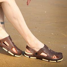 e40af2a0d117 Men Hole Casual Outdoor Slipper Sandals Beach Shoes - US 21.68