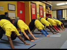 This Yoga and Meditation Class for At-Risk Children Is the Best Thing You'll See Today Yoga Session, Yoga Poses, Improve Concentration, Coping With Stress, Teaching Activities, Yoga For Beginners, Yoga Meditation, Life Lessons, The Voice