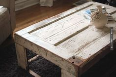 39 new Ideas for distressed furniture table barn wood Engine Coffee Table, Wine Crate Coffee Table, Door Coffee Tables, Table Furniture, Cool Furniture, Palette Coffee Tables, Barn Door Tables, Diy Table, Wood Table
