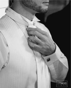 Iury Sanches I Fotógrafo de Casamento e outros eventos I  Atuamos na localidade de Santa Maria - RS e região. Com o intuito de disseminar arte, emoções e momentos felizes, nosso foco é eternizar seus momentos mais importantes da melhor forma possível, através de nossas lentes e percepções, transparecemos todo o sentimento que que rola durante esse dia tão especial e inesquecível.