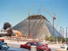 Luxor under construction in 1994
