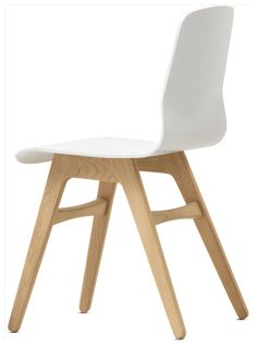 Discover modern dining chairs from BoConcept. Contemporary dining chairs with style and great design. Boconcept, Dining Table Design, Dining Area, Dining Room, Esstisch Design, Contemporary Dining Chairs, Interior And Exterior, Furniture Design, Home Decor