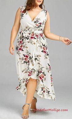 1eb6085d80331e Kleid mit Blumenmuster - Mode in Große Größen ... - #Blumenmuster #großen