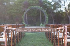 Credit: Something Turquoise (http://somethingturquoise.com/2014/11/07/diy-wedding-ceremony-aisle-tie-off-sign/) - Pinterested @ http://wedspiration.com.
