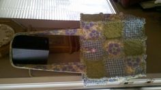 This is my newest project.  Now I've gone tote crazy.  :)