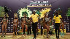 Olympics 2016 virals Usain Bolt arrives.
