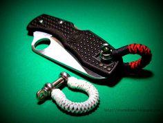 Bow shackle used as improvised lanyard bail...