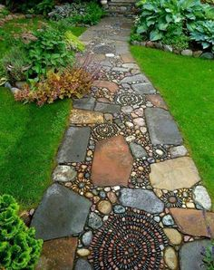 I love this pathway 1234267_569994793065089_1567139863_n.jpg 450×569 pixels
