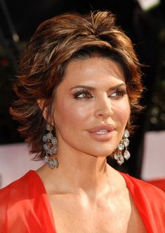 Lisa Rinna Hairstyle 2014 | How To Get Lisa Rinna Haircut Amazing
