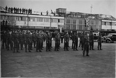 May 5 1945: Denmark and Copenhagen Airport is freed from German occupation at the end of World War II. This photo is from the big day in front of the Vilhelm Lauritzen Terminal. In the foreground we see the English troops.