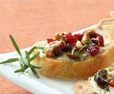 Rosemary Blue Cheese Crostini