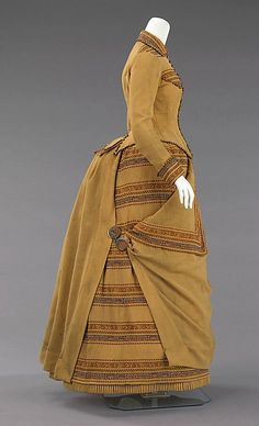 1885 Wool Dress w/metal  wood beads