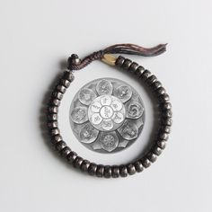 LARGE BRACELET PORTE BONHEUR TIBET NEPAL TRIBU ARTISANAL cuir