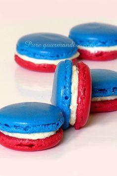 Macarons tricolores bleu blanc rouge - www.PureGourmandise.com