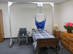 Caregivers can protect themselves and their patients from injury with a freestanding overhead lift for home health care.