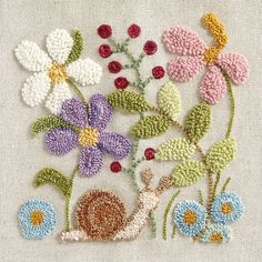 Beaded Flowers Patterns, Diy Embroidery Patterns, Punch Needle Patterns, Hand Embroidery, Rug Hooking Designs, Rug Hooking Patterns, Marie Suarez, Art Du Fil, Punch Art