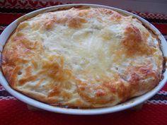 Reteta culinara Cartofi cu mozzarella, la cuptor din categoria Mancaruri de legume. Specific Romania. Cum sa faci Cartofi cu mozzarella, la cuptor Mozzarella, Desserts, Food, Pie, Tailgate Desserts, Meal, Deserts, Essen, Dessert