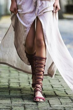 Gladiadoras urbanas. Así se llevan las sandalias multitiras © Josefina Andrés. Soren Jepsen / www.thelocals.dk . Getty Images. InDigital