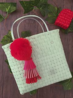 SOIE   Asesoría de Imagen   Collares   Colombia - Tienda Online   Zuncho Bag Mint @soie_co SOIÈ SOI•È #soie Color Menta, Collars, Mint, Bags, Decorative Accessories, Knit Bag, Key Fobs, Colombia, Tejidos