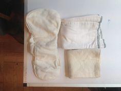 Absorbentes para pañales de tela. 1 con corchete de algodón orgánico y bambú, marca Grovia, tacto siempre seco. 1 de algodón y 1 de cáñamo y algodón orgánico. 2 euros cada uno.