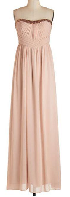 sweetheart neckline dress  http://rstyle.me/n/qjzmkpdpe