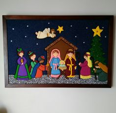01  PENDON NIEVE   02  BAMBI    03  PORTA PAPEL HIGIENICO   04  PORTA PAPEL HIGUIENICO 05  NOEL  FESTIVO   06  N... Christmas Nativity Scene, Felt Christmas Ornaments, Christmas Wood, Christmas Colors, Christmas Projects, Christmas Classroom Door, Christmas To Do List, Nativity Crafts, Christmas Sewing