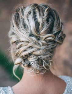 Wedding hairstyle idea; Featured Photographer: Rich Faiva, Featured Hairstyle: ashpettyhair