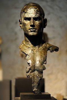 Christophe CHARBONNEL - sculptures en bronze & oeuvres monumentales Sculpture Head, Modern Sculpture, Bronze Sculpture, Statues, Figurative Art, Sculpting, Art Gallery, Decoration, Character Design