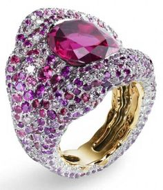 Vagabonde drapée rosée ring by Fabergé. Via  CIJ Jewellery Magazine.