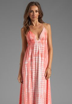 TIARE HAWAII Montevideo in Pink Tie Dye
