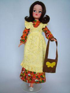 1973 Sindy - Our Sindy Museum Vintage Girls, Vintage Love, Vintage Barbie, Sindy Doll, Doll Toys, 1970s Dolls, Tammy Doll, Barbie Wardrobe, Elastic Headbands