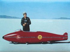 """Burt Munro Inducted to the Motorcycle Museum's Hall of Fame 2006 Set land-speed records on his home-built Indian Scout. His story was the basis of the movie """"The World's Fastest Indian"""". Burt Munro, Cool Motorcycles, Vintage Motorcycles, Indian Motorcycles, American Motorcycles, Volkswagen, Porsche, Indian Scout, Old Bikes"""