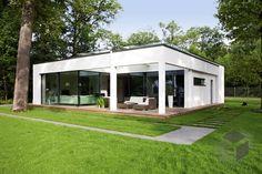 Ausstellungshaus Rheinau-Linx – eben leben von WeberHaus | Cubus Haus | Flachdach