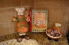Kristen's Creations: Gingerbread Decorations, Etsy Store Items and an Upcoming Giveaway!