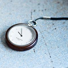 NOW AND THEN (quiet-design: Memento Pocket Watch)