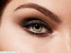 gray and brown eyeshadow