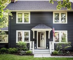 7 Designer Ideas for Exterior Paint Colors Railings by Farrow & Ball. Paint color for garage and shutters. Designer Ideas for Exterior House Paint Colors The post 7 Designer Ideas for Exterior Paint Colors appeared first on House ideas. Exterior Colonial, Colonial House Exteriors, Design Exterior, Modern Colonial, Exterior Paint Colors For House, Paint Colors For Home, Exterior Colors, Black Exterior, Dark Grey Houses