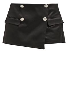 Pierre Balmain Shorts black Meer info via…