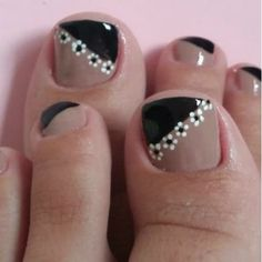 Pedicure Designs, Pedicure Nail Art, Manicure And Pedicure, Toe Nail Color, Toe Nail Art, Nail Colors, Square Nail Designs, Toe Nail Designs, French Toe Nails