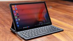 The official Android Pie update is now available for Samsung Galaxy Tab Read on this post to update your tablet to the latest Android version. Samsung Galaxy Tablet, Samsung Tabs, Smartwatch, Best Android Tablet, Android 9, Latest Android Version, New Tablets, Cool Technology, Home Office Design