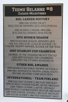 This is our Teemu Selanne engraved plaque that accompanies our Teemu Selanne, Winnipeg Jets trading card display.