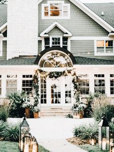 ✔ 51 attractive modern farmhouse home exterior design ideas 21 Future House, Coastal Bedrooms, Up House, Home And Deco, House Goals, My New Room, My Dream Home, Exterior Design, Exterior Paint