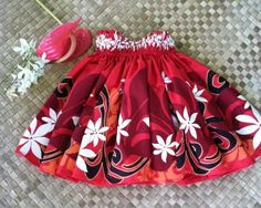 girl's hula skirt (pa'u)