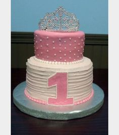 Princess Birthday Cake Definitely Going To Do Something Like This 2 Layers Rainbow Pearly Sprinkles And A Tiara On Top