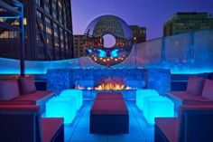 Here's a look at the best new and renovated venues in Chicago such as corporate event venues, party rooms, conference centers, restaurants with private rooms, unique venues, and more. These event and meeting spaces can accommodate groups large or small for summer entertaining including business dinners, cocktail parties, conferences, and private and corporate events.