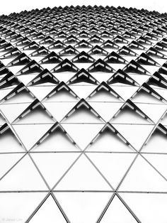 Textural patterns in architecture with geometric shapes, contrast & repetition; b&w inspirations- textile design and surface pattern inspiration Architecture Design, Parametric Architecture, Parametric Design, Facade Design, Futuristic Architecture, Architecture Geometric, Classical Architecture, Shape Photography, Pattern Photography