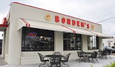 Borden's Ice Cream Parlor is the last Bordon's ice cream shop in the United States. This Lafayette landmark has been part of the scene for more than 50 years, enticing both UL students and locals alike to its traditional ice cream parlor.