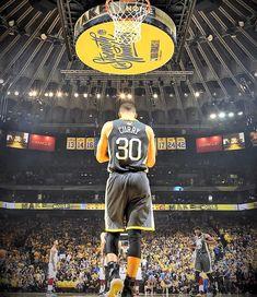 Sport Basketball, Basketball Pictures, Basketball Players, Basketball Scoreboard, Basketball Socks, Stephen Curry Basketball, Nba Stephen Curry, Basketball Fotografie, Nba Finals 2018