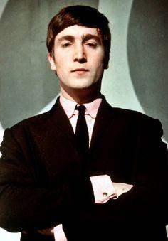 Ladies and gentlemen... Mr. Lennon